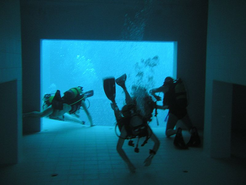 World's deepest pool