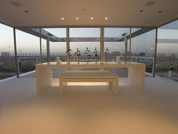 Dubai Houseboat's Dining Room
