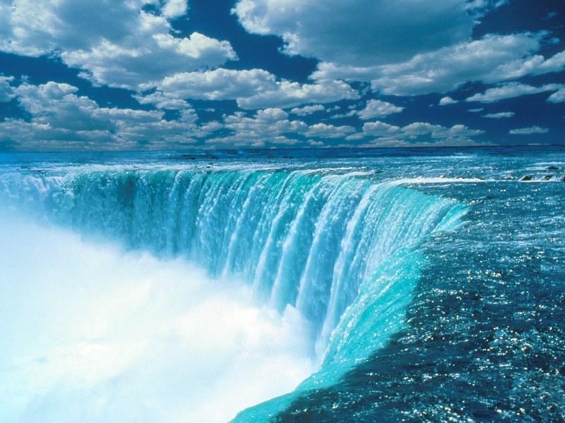 Niagara Falls form the US Side