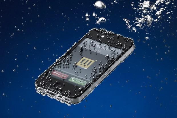 Hydrophobic Coating on iPhone